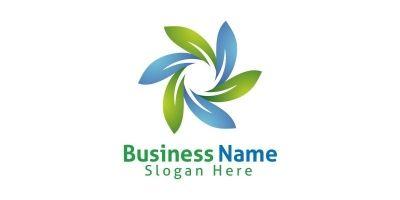 Natural Green Tree Logo