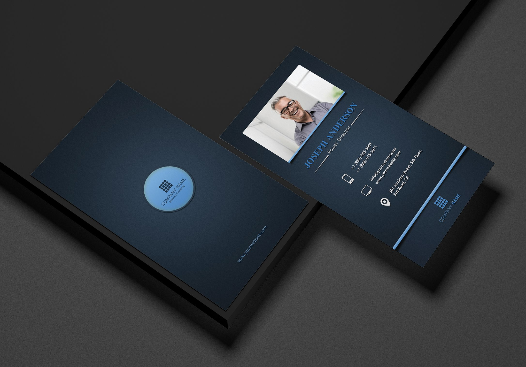 Creative Corporate Business Card Screenshot 2